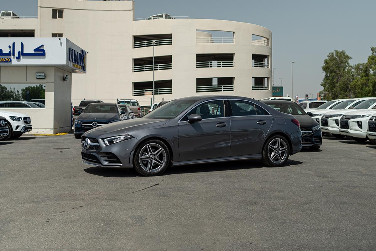 Mercedes-Benz A200 Sport Line Sedan