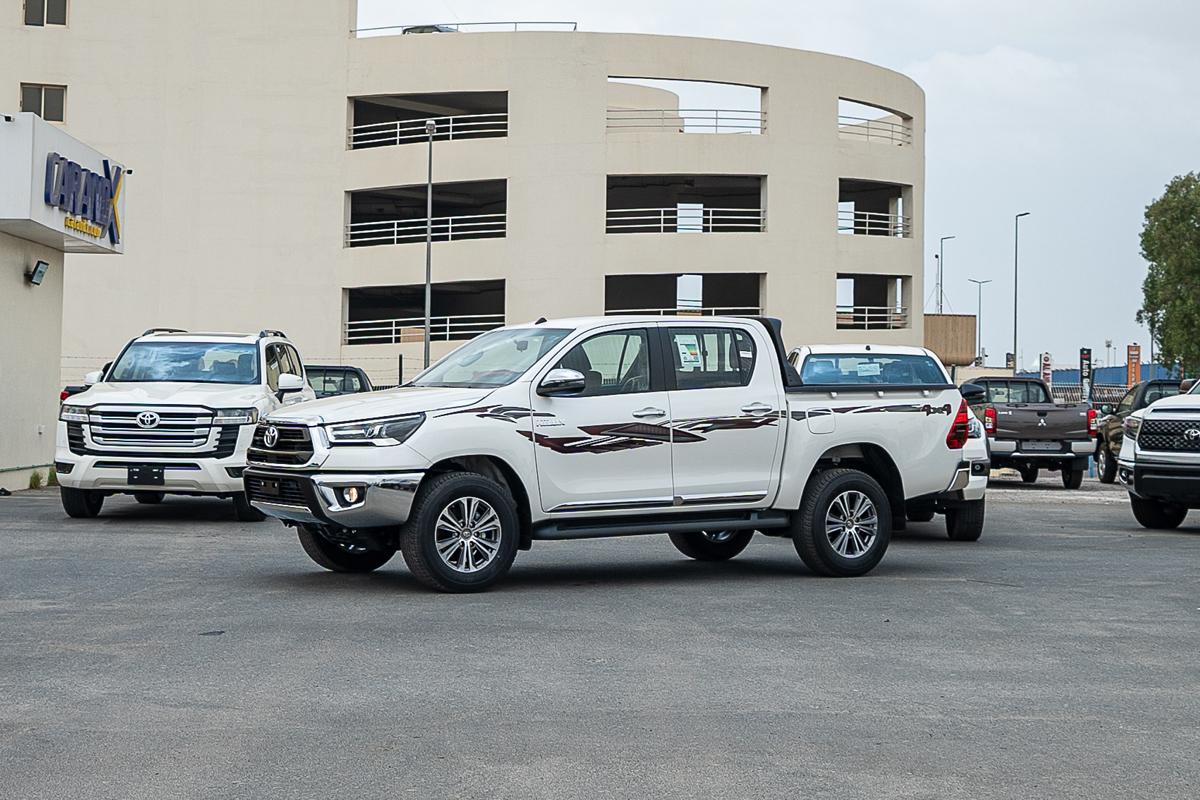 Toyota Hilux SGLX 2.7L Petrol Automatic Transmission Double Cabin 4x4 2021
