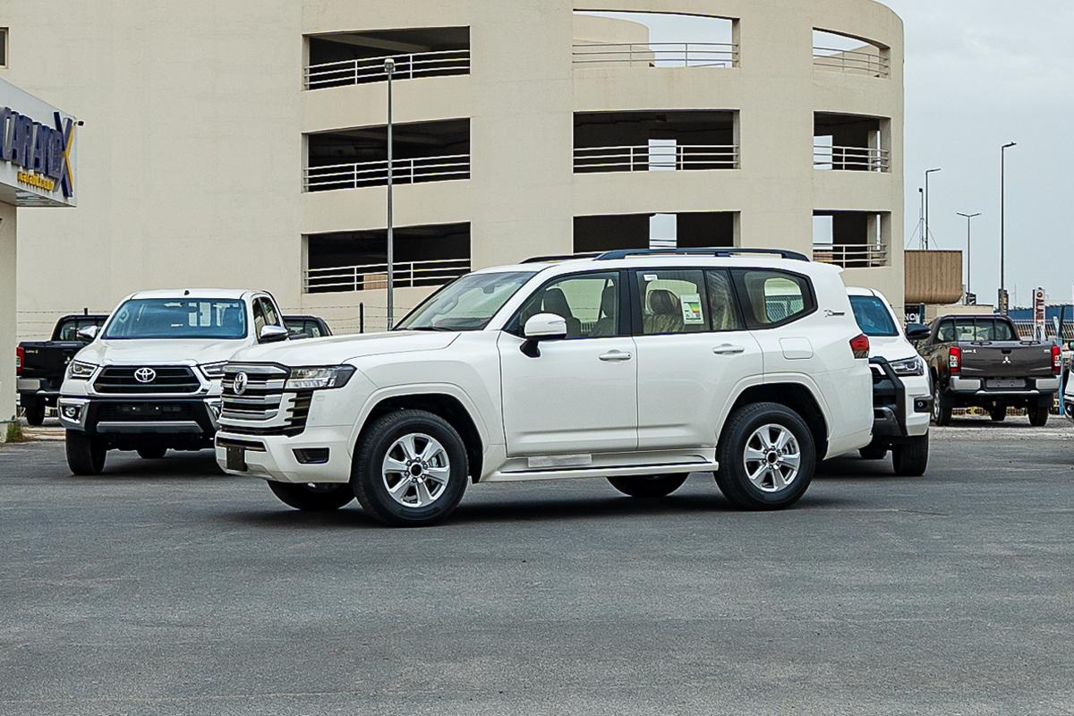 Toyota Land Cruiser GXR L2 3.5L Petrol Automatic Transmission 2022